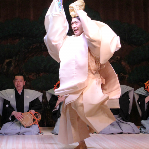 Japanese culture, noh, playing by famous noh actor, Mansai Nomura