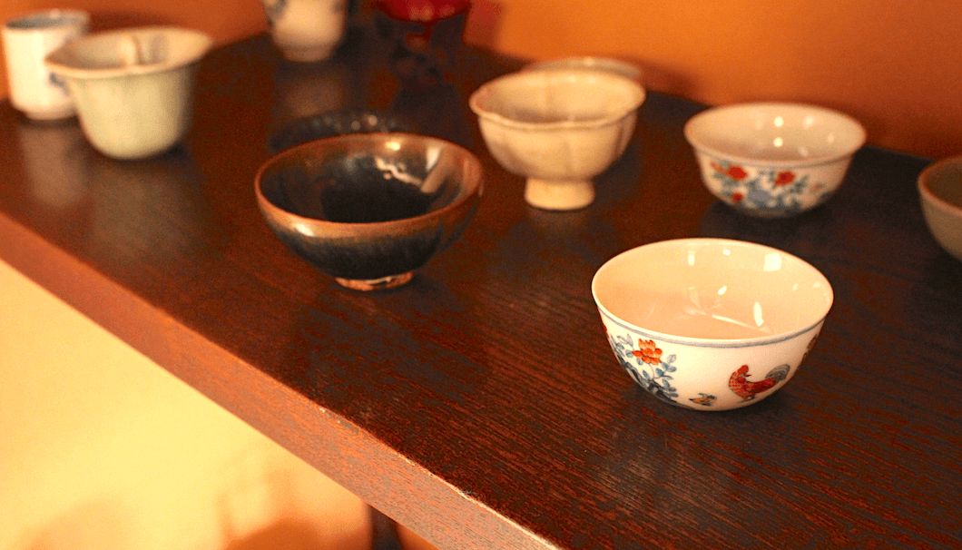 Antique sake cups in the Masuda Tokubee Shoten collection